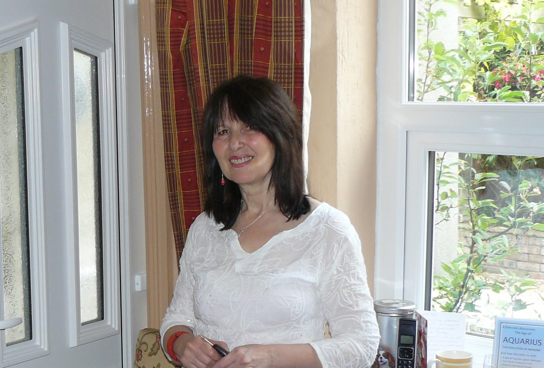 Showcasing Writer Moyra Irving: Interview with Richard Holmes